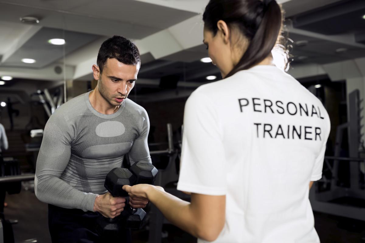 Jak przygotować się do treningu na siłowni?