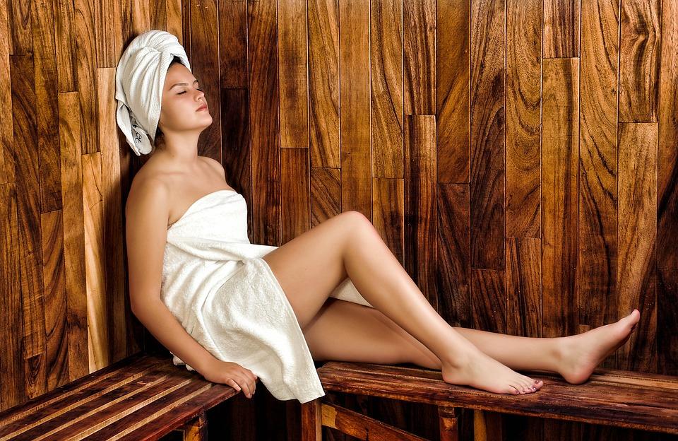 Czy sauna wpływa na kształt sylwetki kobiety?