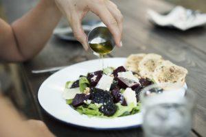 oliwa na zdrową dietę i odchudzanie